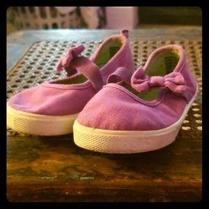 Girl's Slip ons with bow